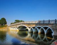 菱湖风景区的桥--菱湖桥